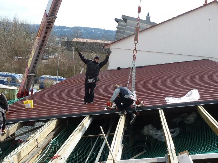 Montage des Dachs